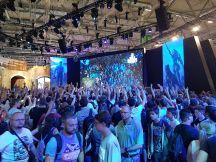 Gamescom 2017 - Wie beim Rosenmontagszug mit T-Shirts