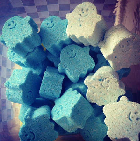 Funeral Parlor Ghost-Shaped Bath Bombs by Majick and Macabre. I totally bought some of these.