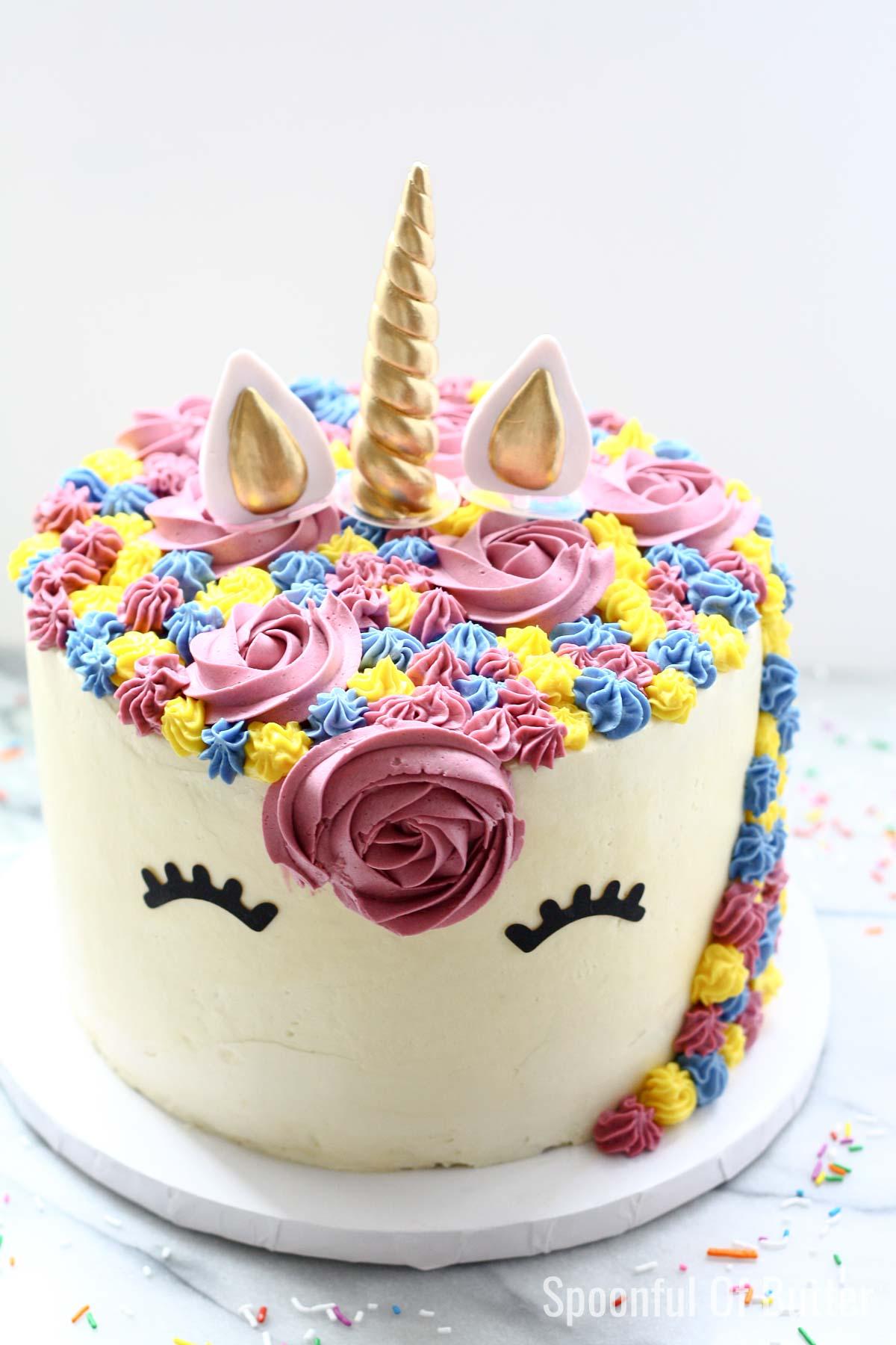 Unicorn party ideas, unicorn cake