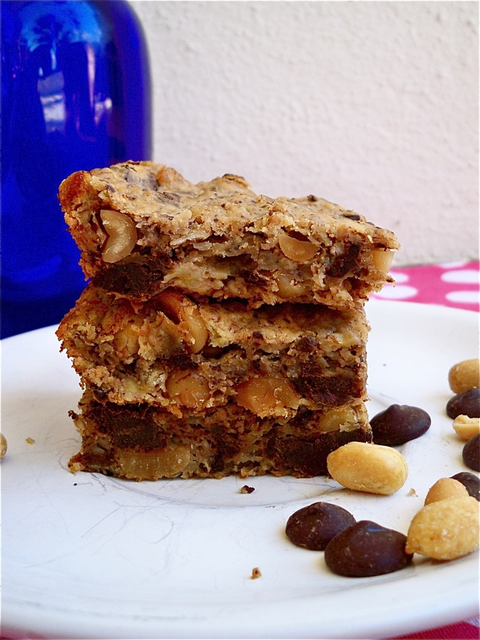 Peanut Butter Banana Chocolate Bars | Must-Try Homemade Breakfast Bar Recipes
