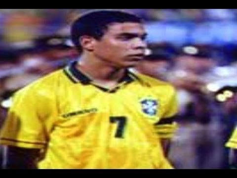 17 Years Old Ronaldo First Start and First Goal with Brazil ( vs Iceland 1994 )