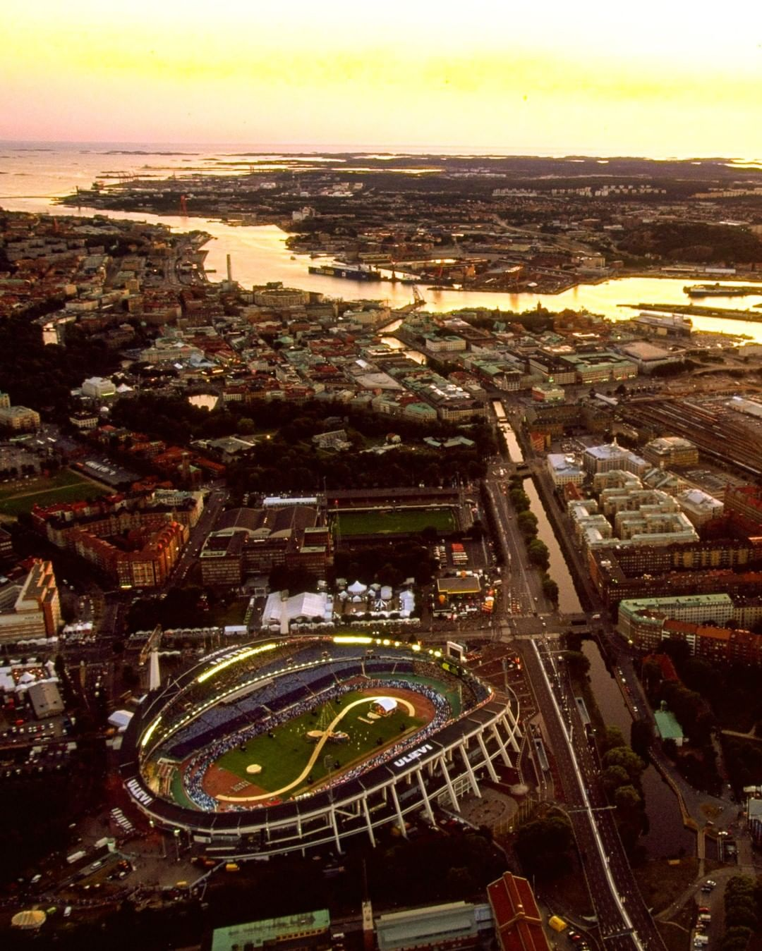 Name the city and EURO final! ...