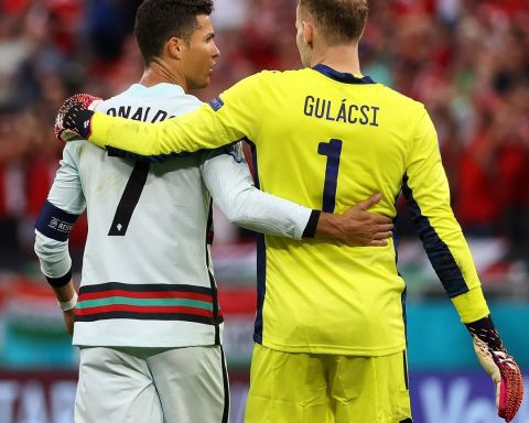 He's a goalkeeper's worst nightmare! Respect from    ...