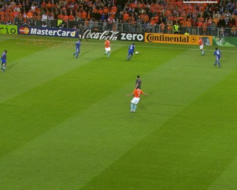 Sneijder or Robben? Both Dutch greats were among the goals in a 4-1 win against...