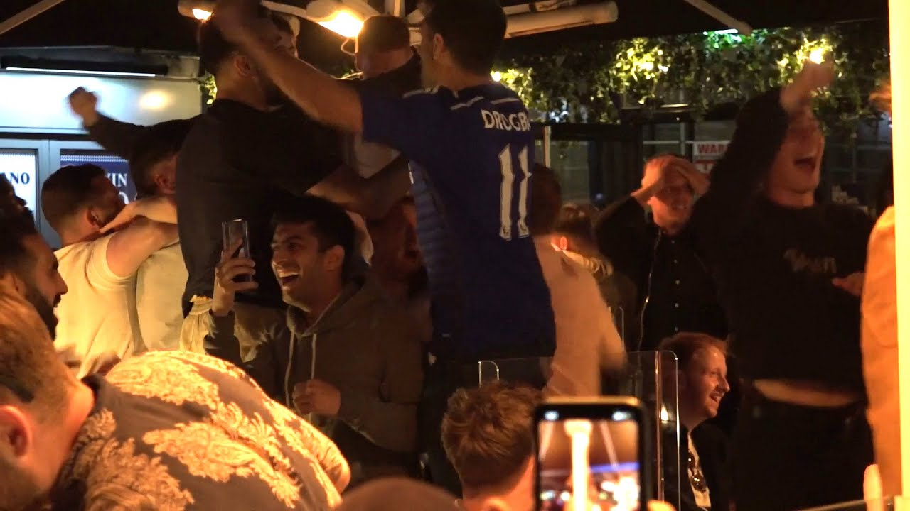Chelsea Fans React At Full Time As They Win The Champions League Final
