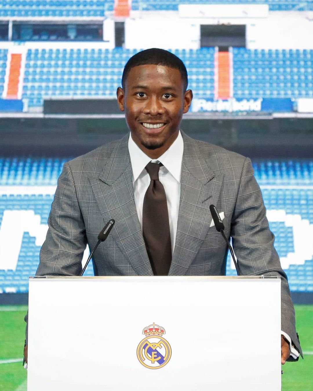 New number 4 at Real Madrid...  Best position for David Alaba?    ...