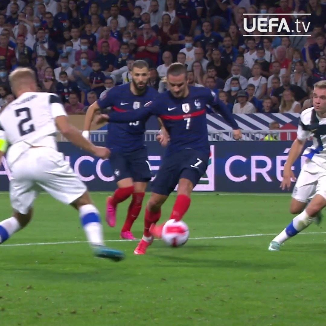 Griezmann with the outside of his boot  Your  France forward?   ...