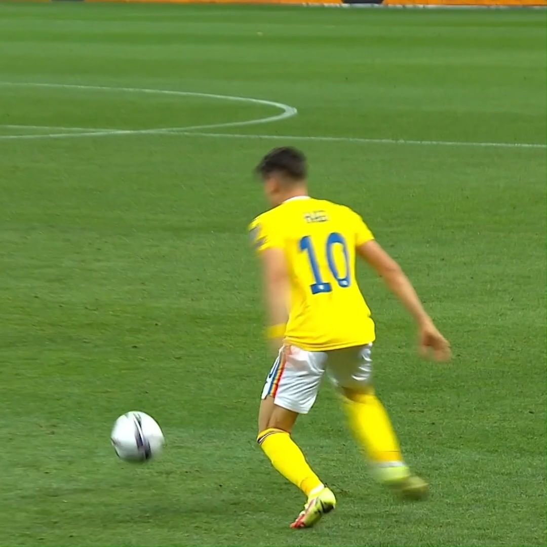 This touch by Ianis Hagi =     ...