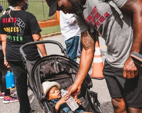 Falcons players and coaches marched yesterday in Atlanta.  (via ...