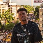 QB Dwayne Haskins pays a visit to  Plaza in D.C. (via ...