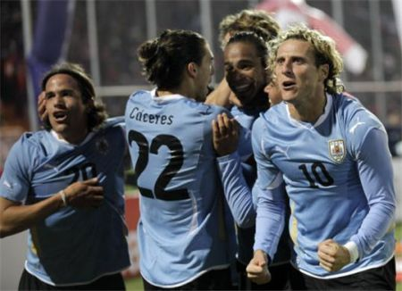 uruguay-da-ceyrek-finalde-1-0