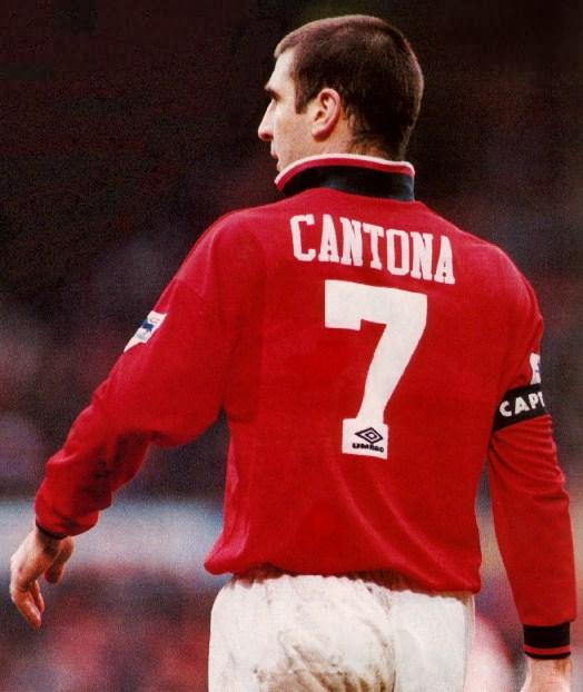 Maillot aj auxerre taille 10 ans ideal collectionneur allez voir mes autres ventes ! Biographie de Cantona