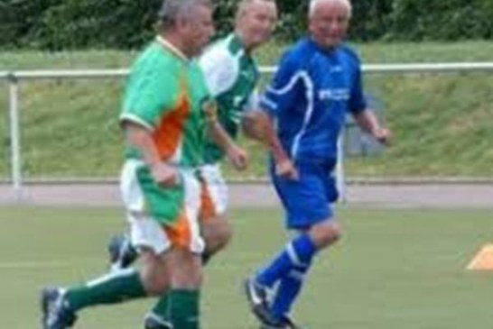 Ü60 Krombacher-Westfalen-Cup – Fußball ist möglich bis ins hohe Alter – Walking-Fußball