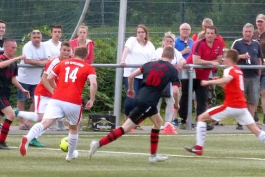 A-Junioren des FC Overberge klar auf Aufstiegskurs