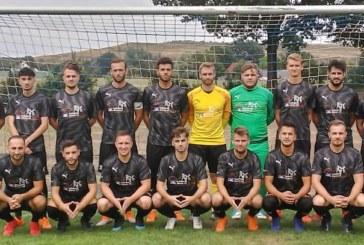 Fußball-Kreisliga A1: Mit späten Toren kommt FC Overberge zum 3:2-Heimsieg