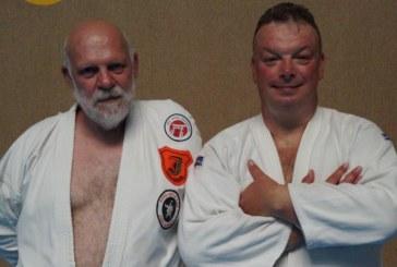 Jiu Jitsu Trainer des JCH verlängern DAN-Prüferlizenz