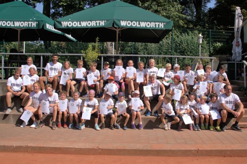 Abschluss der Sommerferien im Tenniscamp