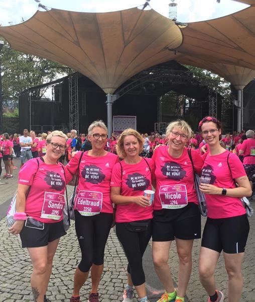 LSF-Damen tauschen die Vereinsfarben ein beim Women's Run in Köln