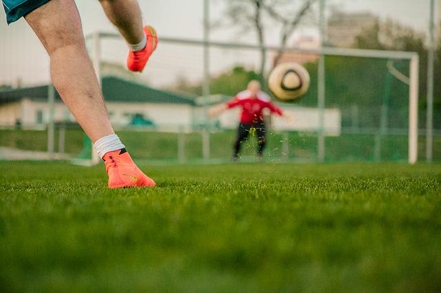 Fußball: Mannschaften des Tages
