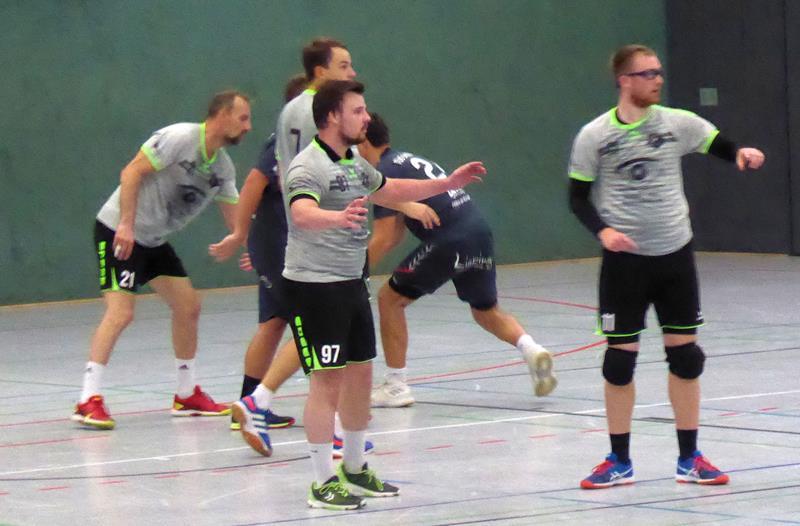 """Handball-Bezirksliga: TuRa-Reserve geht personell """"auf dem Zahnfleisch"""" – SGH kann Wunsch auf Verlegung nicht nachkommen"""