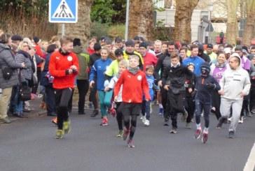 620 Läufer und Spender bei der 36. Auflage des TV Unna-Silvesterlaufes