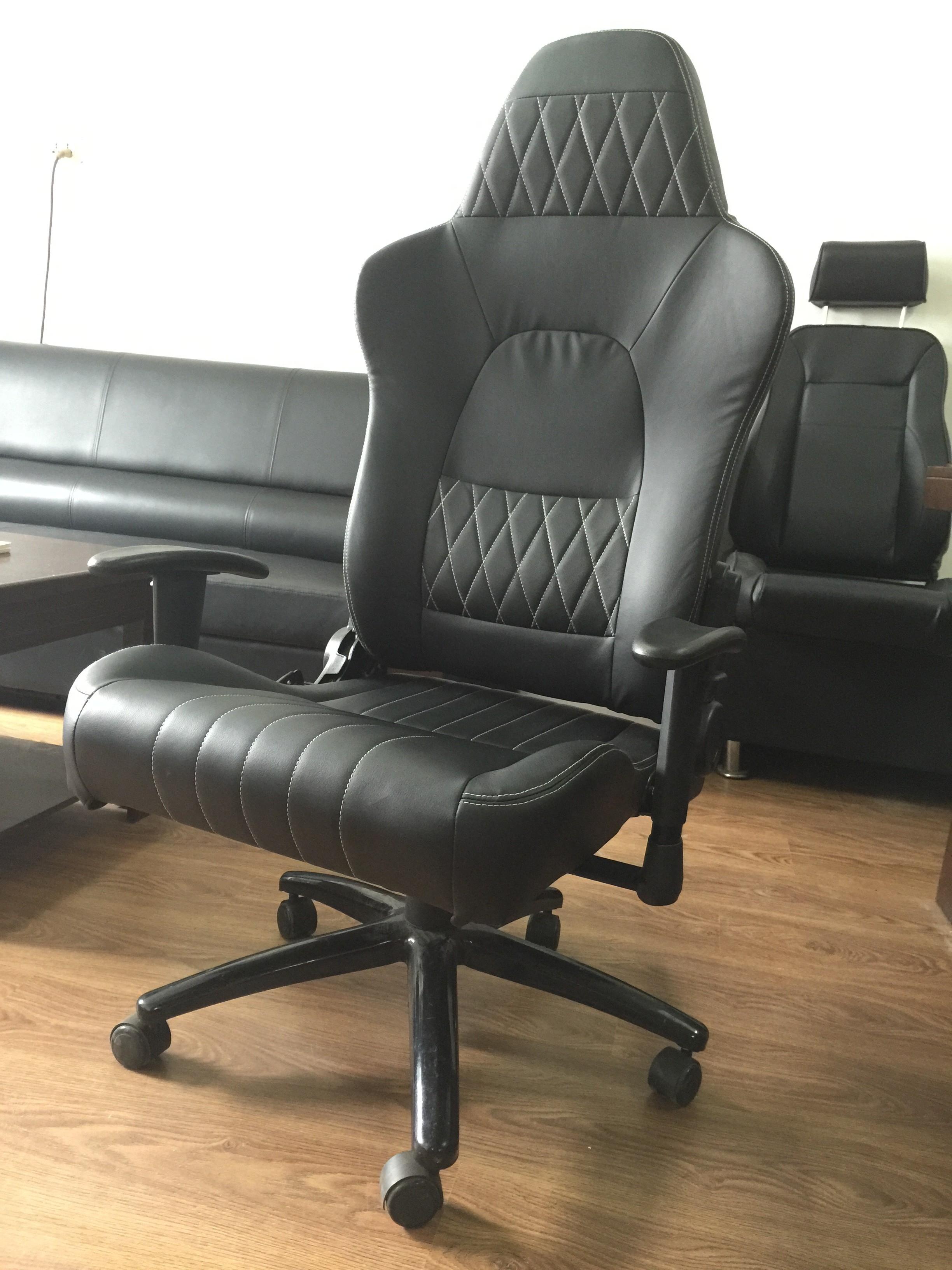 desk chair swivel no wheels slipcovers dining chairs modern black ergonomic office with