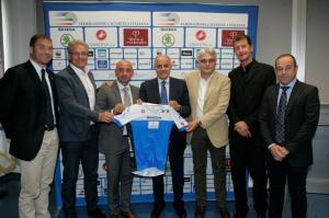 Un momento della presentazione della Maglia delle Nazionali di ciclismo per Toscana 2013