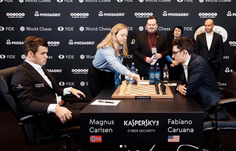 Mondiale di Scacchi, Caruana supera l'esame di Inglese, patta anche la 4^