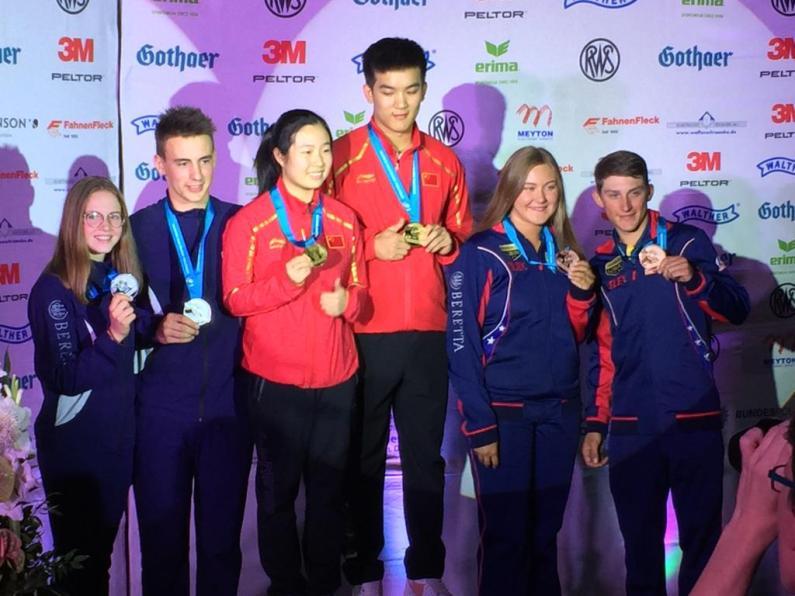 Coppa del Mondo Juniores di Tiro – Oro e Argento di squadra