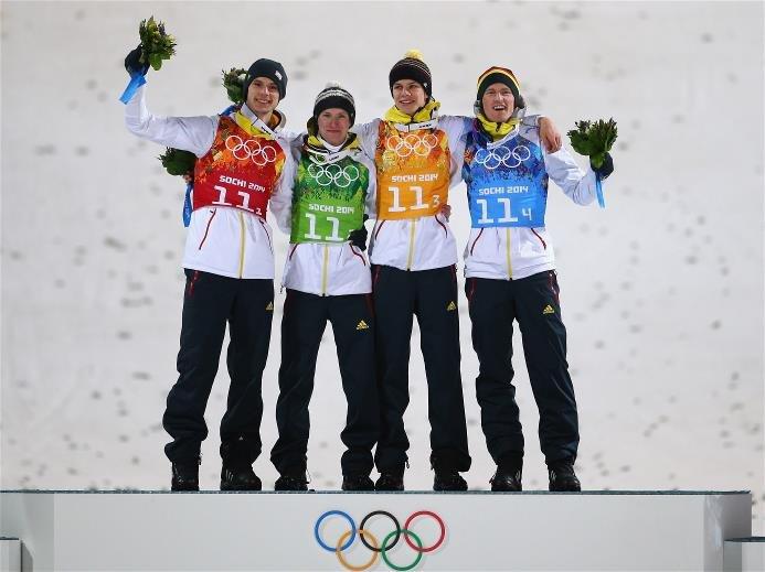 Sotchi 2014: Skispringen Team Großschanze - Siegerehrung Deutschland mit Andreas Wellinger, Severin Freund, Marinus Kraus, Andreas Wank - Foto: Sochi 2014 Olympic Winter Games