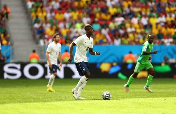 Fußball FIFA WM 2014: Frankreich nach schmucklosem Arbeitssieg gegen Nigeria im WM-Viertelfinale - Paul Pogba of France in action during the 2014 FIFA World Cup Brazil Round of 16 match between France and Nigeria at Estadio Nacional on June 30, 2014 in Brasilia, Brazil. (Photo by Quinn Rooney/Getty Images for Sony)