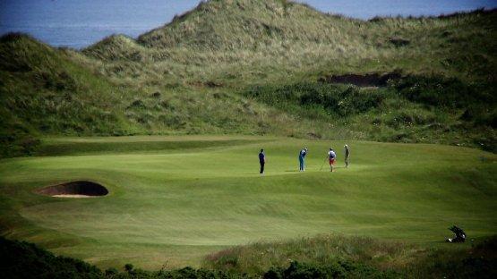 """CNN """"Living Golf"""" August: Mit Sir Nick Faldo und zurück zum Ursprung auf den Links-Plätzen in Schottland - Foto: CNN International """"Living Golf"""""""