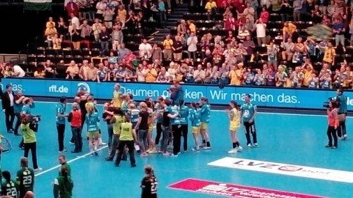 Champions-League-Krimi: HC Leipzig mit Handball-Stern in die Geschichtsbücher - FTC Budapest legt Protest nach Siebenmeterwurf-Niederlage ein - Foto: SPORT4Final