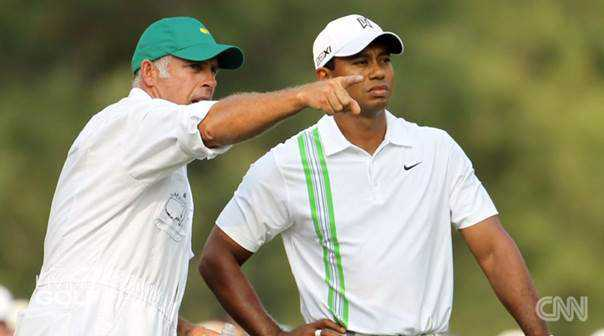 "CNN ""Living Golf"": Der legendäre Augusta National Golf Club - Caddie Steve Williams mit Tiger Woods - Foto: CNN International ""Living Golf"""