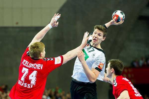 Handball EM 2016: Weinhold und Dissinger mit langer Verletzungspause - Christian Dissinger (Mitte) - Foto: ZPRP / EHF