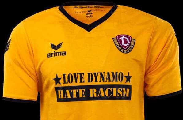 "Dynamo Dresden vs. VfB Stuttgart mit Sondertrikot ""Love Dynamo - Hate Racism"" - Foto: Dynamo Dresden"