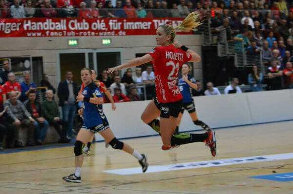 """Manon Houette - Thüringer HC mit """"Erdrutsch-Sieg"""" gegen HSG Blomberg-Lippe - Foto: Hans-Joachim Steinbach / Thüringer HC"""