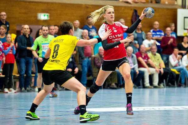 """Susann Müller (li.) und Anne Müller (Dortmund) - Susann Müller (SG BBM Bietigheim) im SPORT4FINAL-Interview: """"Handball WM in Leipzig wäre schön zu spielen"""" - Foto: Marco Wolf"""