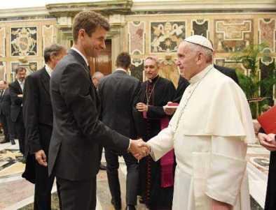 Thomas Müller - Deutschlands Fußball-Helden bei Papst Franziskus im Vatikan - Foto: GES-Sportfoto