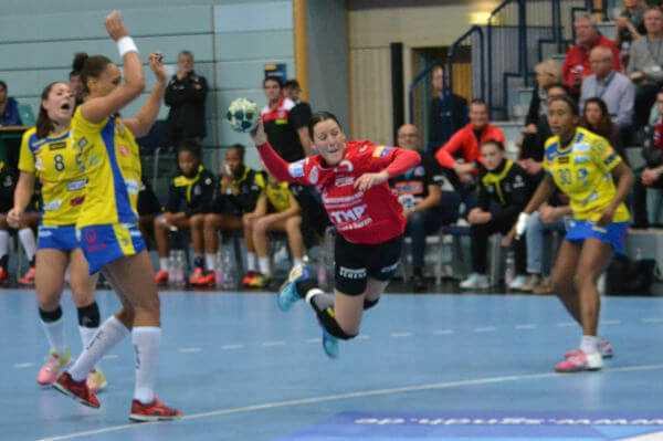 Macarena Aguilar - Handball Champions League: Thüringer HC bezwang Metz - Foto: Hans-Joachim Steinbach / Thüringer HC