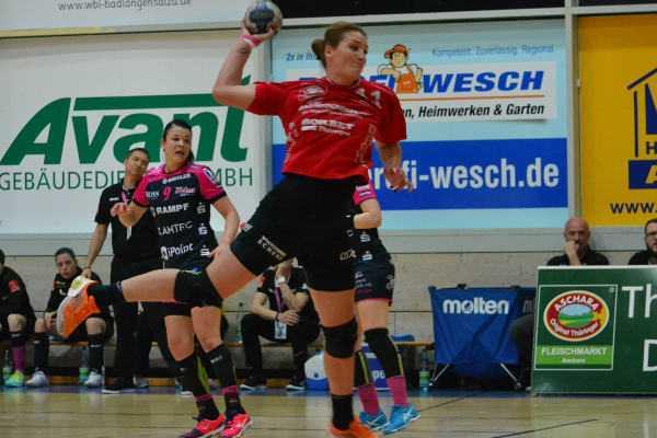 Crina Pintea - Thüringer HC souveräner Sieger gegen TuS Metzingen - Foto: Hans-Joachim Steinbach / Thüringer HC