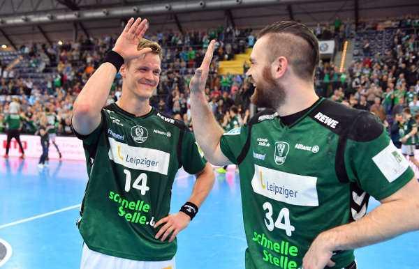 Niclas Pieczkowski und Alen Milosevic - SC DHfK Leipzig bei HSG Wetzlar in Handball Bundesliga gefordert - Foto: Rainer Justen