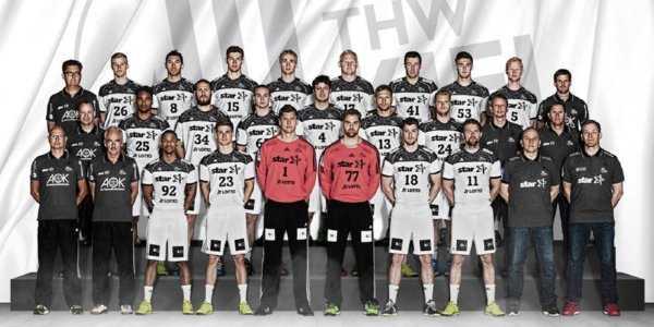 THW Kiel - Teamfoto Saison 2016/2017 - Foto: DKB Handball Bundesliga