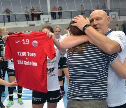 Katrin Engel - Herbert Müller - Thüringer HC - Handball Bundesliga - Verabschiedung am 10.09.2017 in Nordhausen - Foto: Hans-Joachim Steinbach