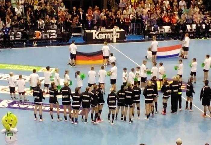 Handball DHB Ladies - Testspiel Deutschland vs. Niederlande am 28.10.2017 in der Getec Arena Magdeburg - Foto: SPORT4FINAL
