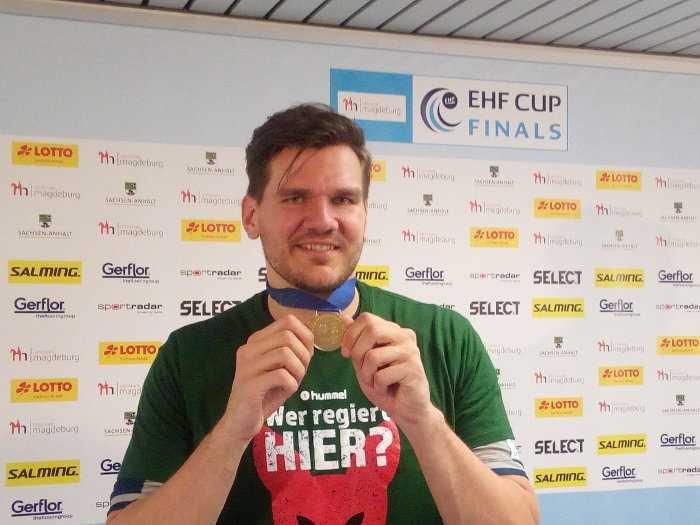 Erik Schmidt - Füchse Berlin - EHF Cup Gold-Medaille - Foto: SPORT4FINAL