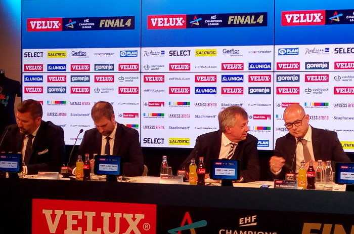 Stefan Lövgren (li.), David Szlezak (EHF Marketing), Michael Wiederer (EHF-Präsident), Markus Hausleitner (EHF-Generalsekretär) - Pressekonferenz am 27. Mai 2018 in Köln - EHF FINAL4 - Handball Champions League - Foto: SPORT4FINAL