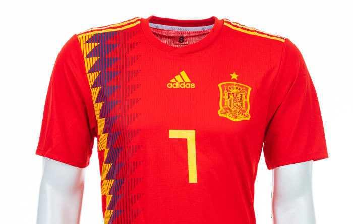 Fußball WM 2018: Spanien Shirt – Quelle: FIFA
