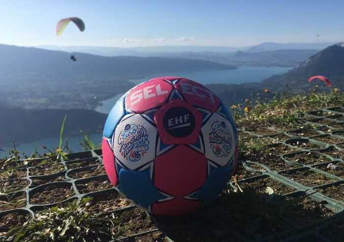 Handball EHF EURO 2018 Ball - Foto: EHF Media / France 2018