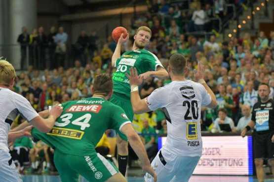 Philipp Weber - SC DHfK Leipzig vs. GWD Minden - Handball Bundesliga - Arena Leipzig am 11.11.2018 - Foto: Rainer Justen